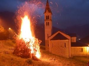 9 agosto – Li flama de San Lorenz