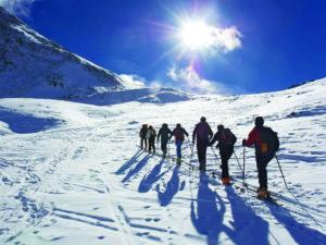 Corso di Scialpinismo base con Guide Alpine Bormio per ragazzi Scuole Medie